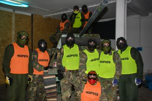 TEAM BUILDING Extreme indoor paintball